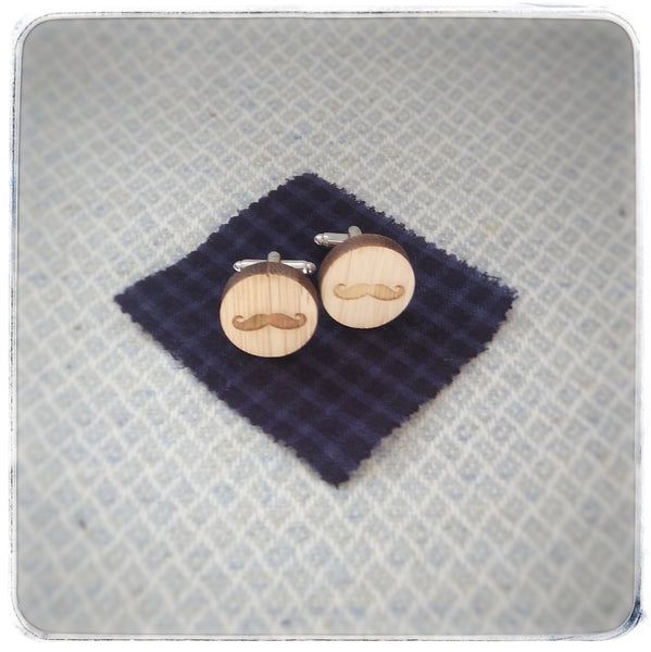 Cufflinks and tie clips