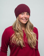 The Short Tube Cashmere Beanie in Shiraz