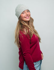The Short Tube Cashmere Beanie in Silver