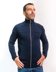 The Cashmere Hunter Jacket in Nero Navy