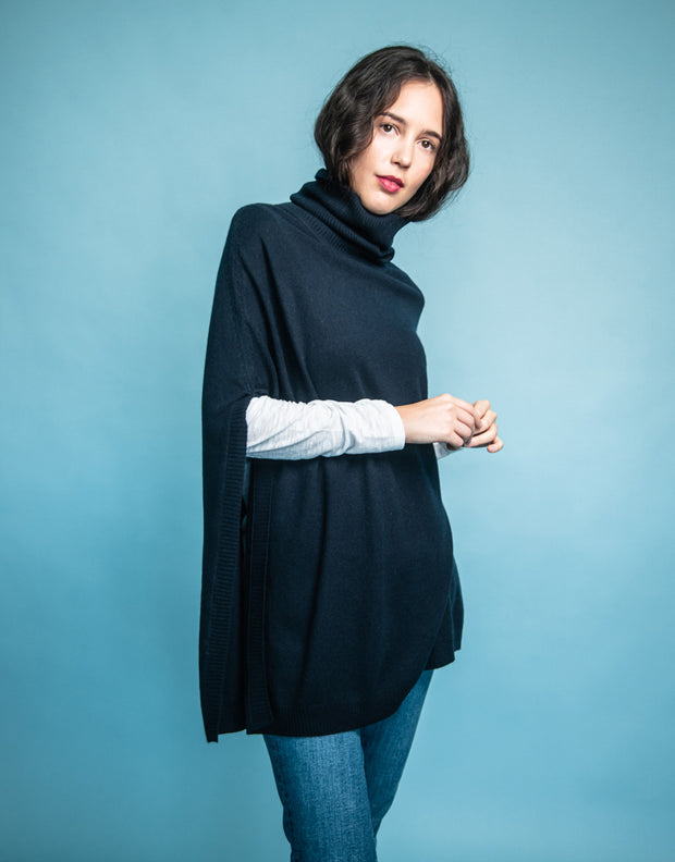 Mary Poncho in Navy