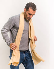 The Soft Cashmere Scarf in Sand
