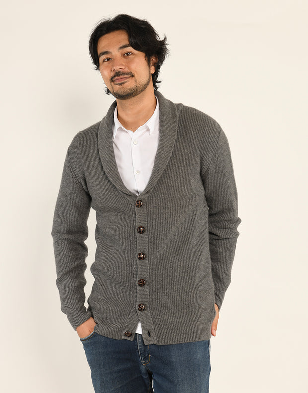 Buttoned Cashmere Cardigan in Flanell