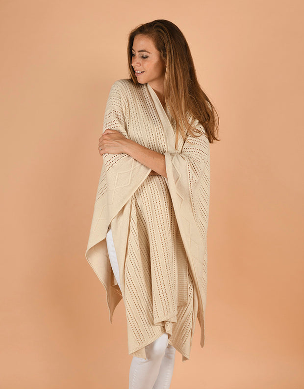 Hippie Cape in Cream