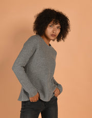 Round Neck Rib Sweater in Grey