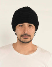 The Powder Beanie in Black