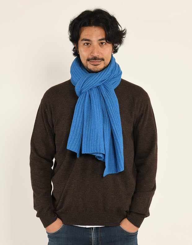 Thick Ribbed Cashmere Scarf in Azul
