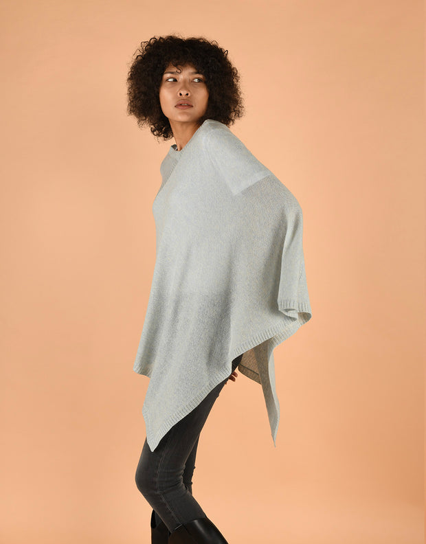 Ultra Soft Poncho in Ice Jelly
