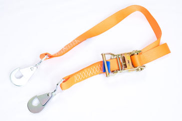 35mm ratchet strap with twisted snap hooks