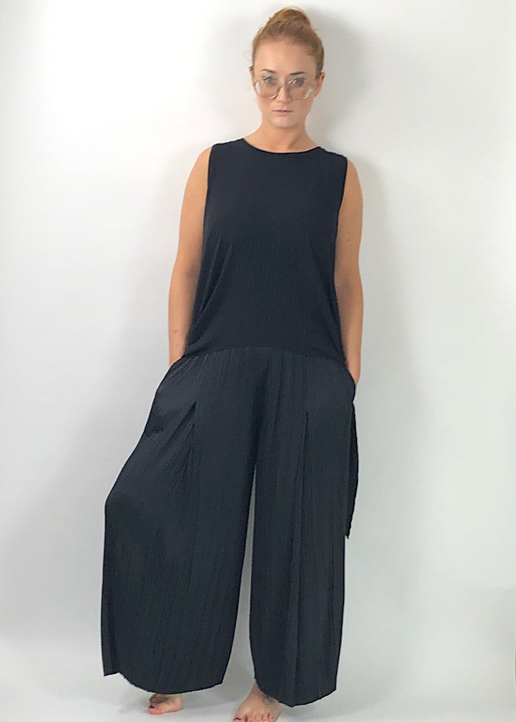 NU PLEATED TROUSERS