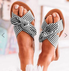 Plus size striped ladies bow slippers