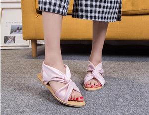 Summer 2020 plus size retro strappy flat sandals