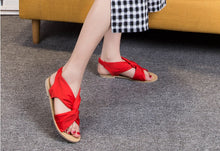 Load image into Gallery viewer, Summer 2020 plus size retro strappy flat sandals