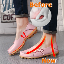 Load image into Gallery viewer, Women Heel Pain Relief Massage Flat Shoes