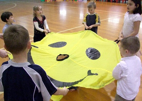 1.8m Smiley Face Parachute