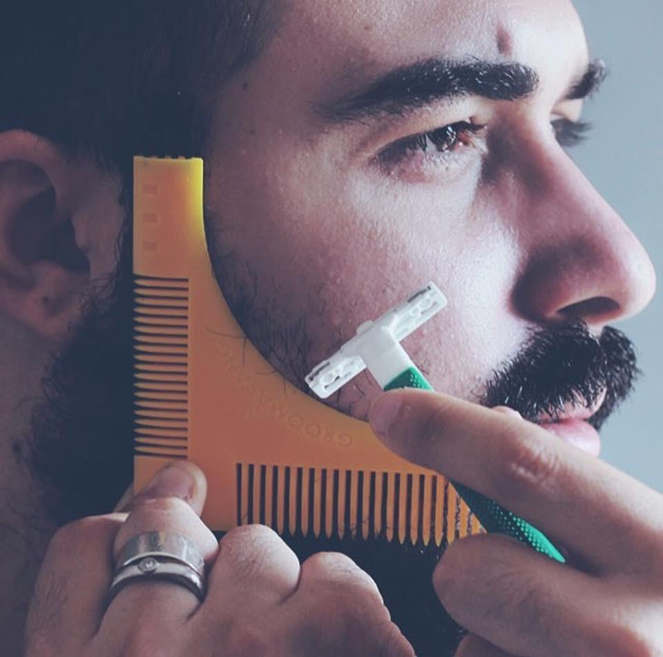 Groomarang Beard Shaping & Styling Template Comb, Combs & Brushes - Image 10