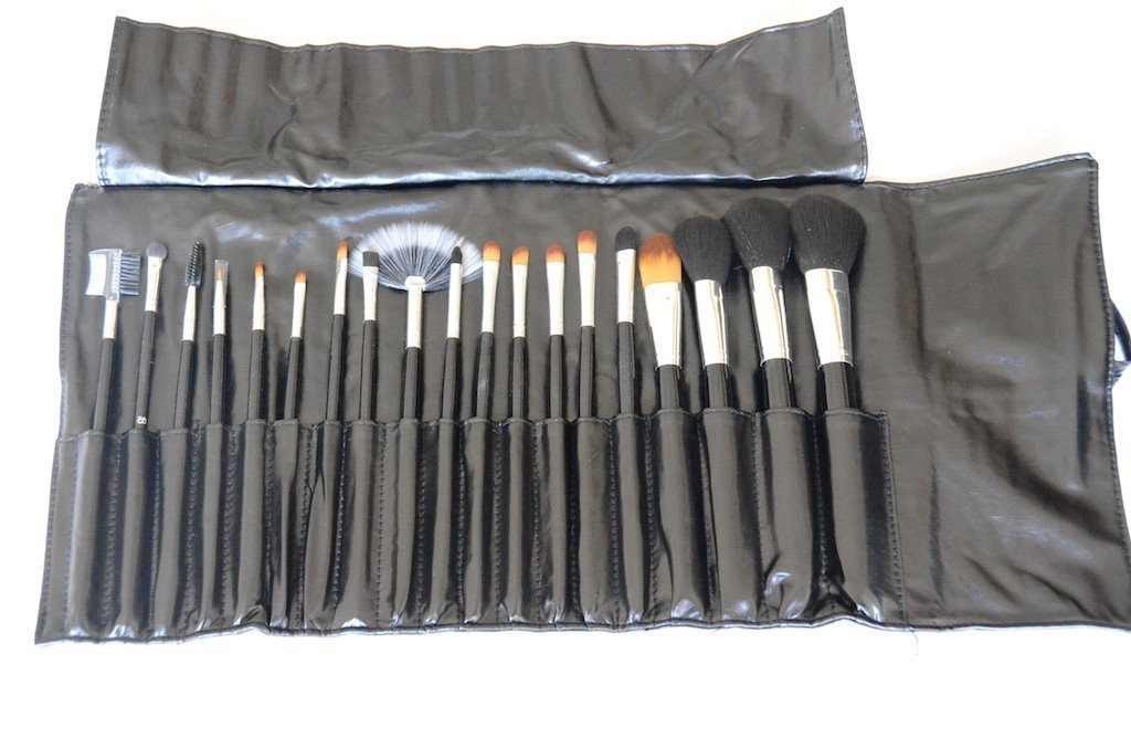 Infinitive Beauty 19pc Piece Luxury Shiny Black Handle Makeup Brushes, Cosmetic Tools by My Wholesale Warehouse