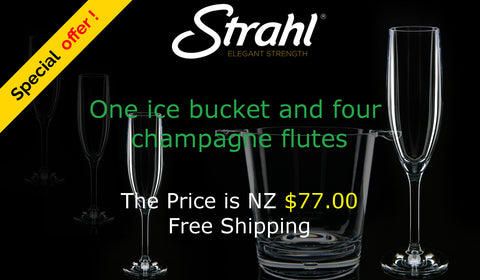 Strahl Special Offer - Four Champagne Flutes and One Ice Bucket
