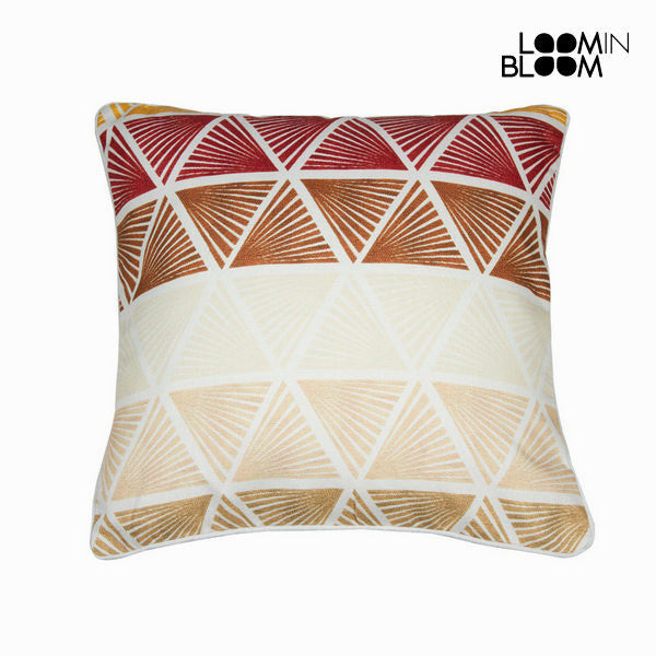 Cushion triangles by Loomin Bloom