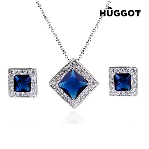 Hûggot Square Rhodium-Plated Set: Pendant and Earrings with Zircons (45 cm)