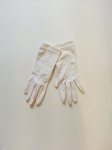 Little White Vintage Gloves