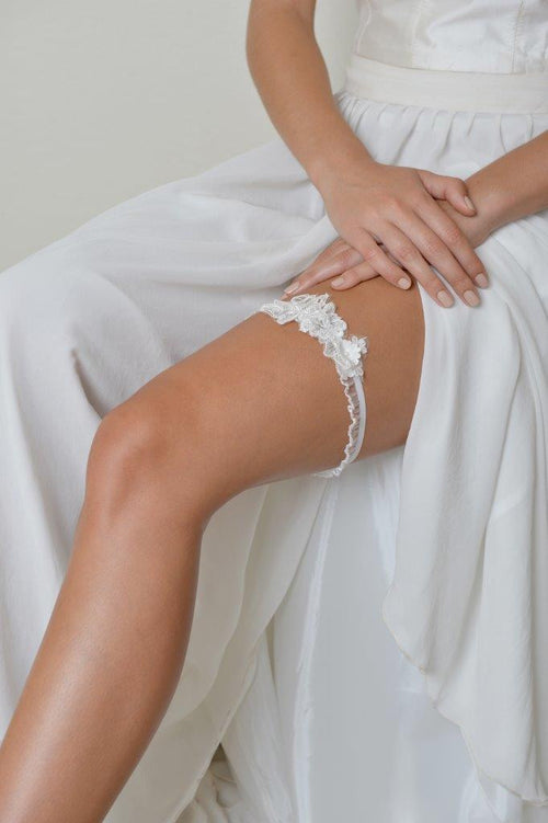 Lace Beaded Garter in White
