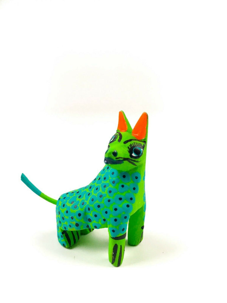 MINI GREEN DOG Oaxacan Alebrije Wood Carving Mexican Folk Art Sculpture - VivaMexico.com