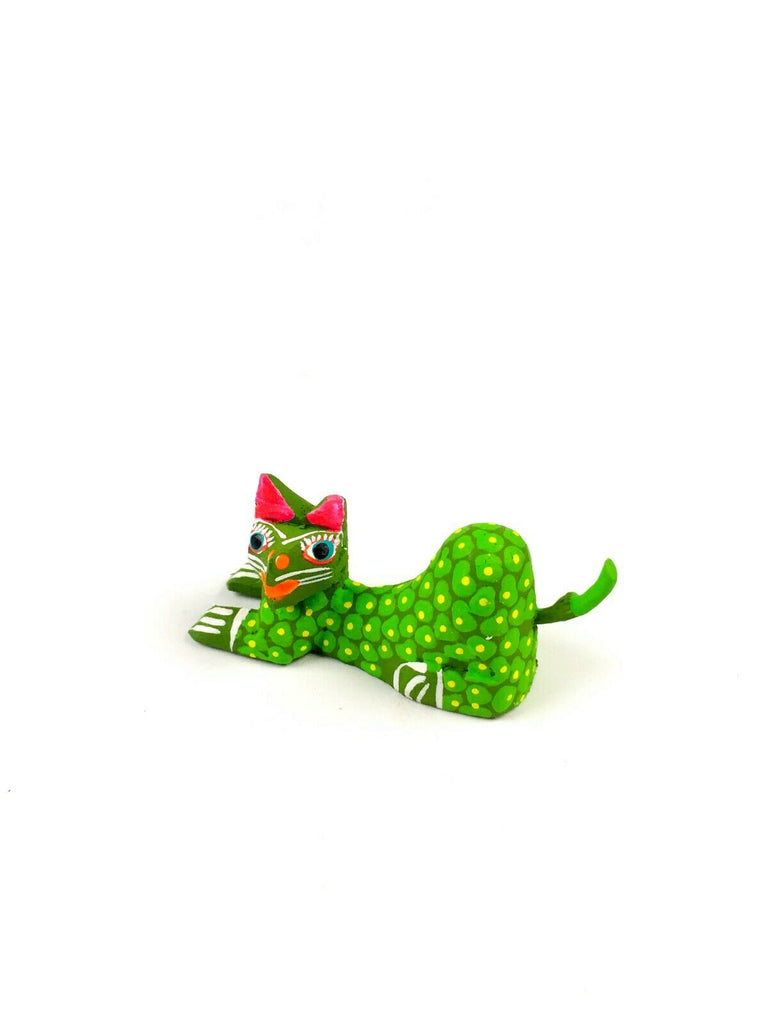 MINI GREEN SPOTTED CAT Oaxacan Alebrije Wood Carving Mexican Folk Art Sculpture - VivaMexico.com