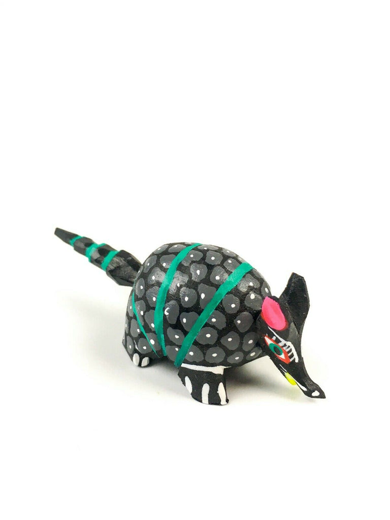 MINI BLACK ARMADILLO Oaxacan Alebrije Wood Carving Mexican Folk Art Sculpture - VivaMexico.com