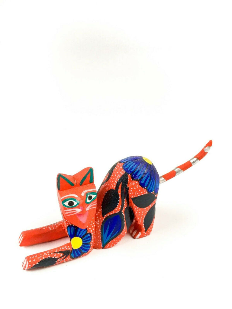 MINI FLOWER CAT Oaxacan Alebrije Wood Carving Mexican Folk Art Sculpture - VivaMexico.com