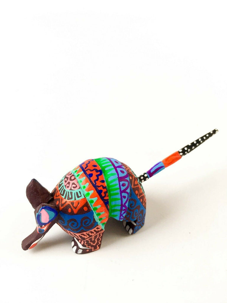 MINI ARMADILLO Oaxacan Alebrije Wood Carving Mexican Folk Art Sculpture - VivaMexico.com