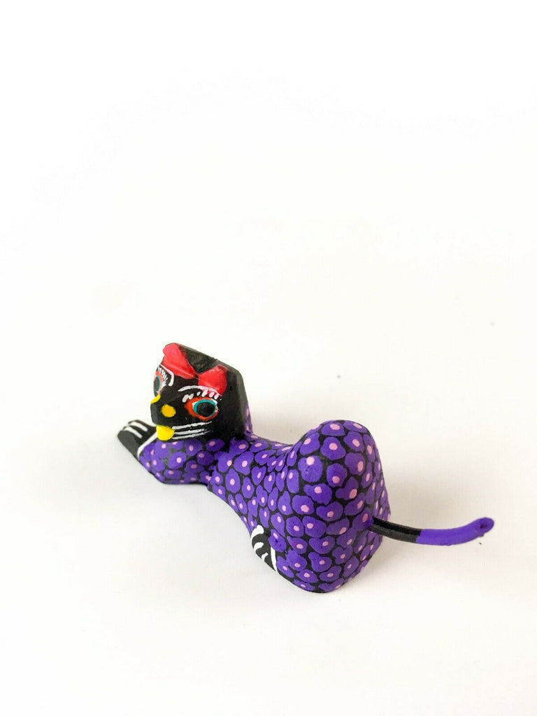 MINI PURPLE CAT Oaxacan Alebrije Wood Carving Mexican Folk Art Sculpture - VivaMexico.com