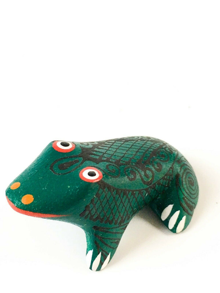 MINI FROG Oaxacan Alebrije Wood Carving Mexican Folk Art Sculpture - VivaMexico.com