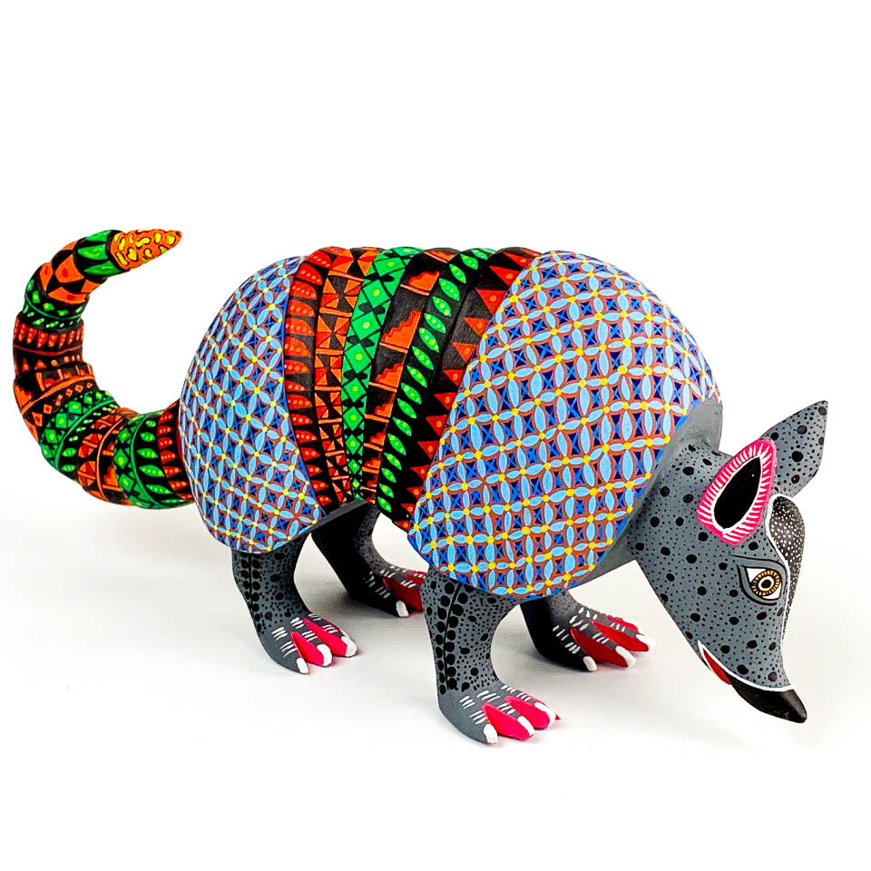 Beautiful Armadillo - Oaxacan Alebrije Wood Carving - VivaMexico.com