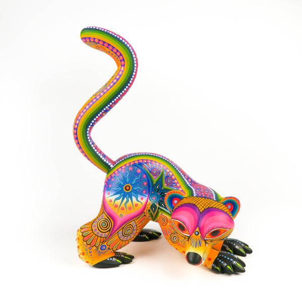 Fantastic Lemur Oaxacan Alebrije Wood Carving Mexican Folk Art Sculpture - VivaMexico.com