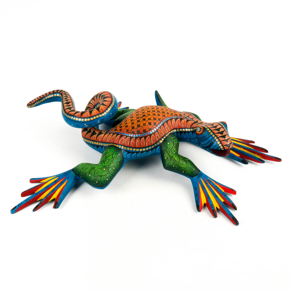 Masterpiece Iguana - Oaxacan Alebrije Wood Carving Mexican Folk Art Sculpture - VivaMexico.com