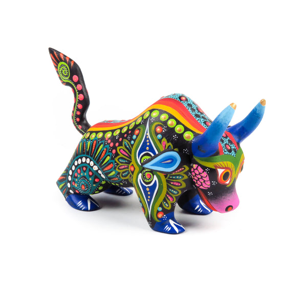 Bull Oaxacan Alebrije Wood Carving Mexican Folk Art Sculpture