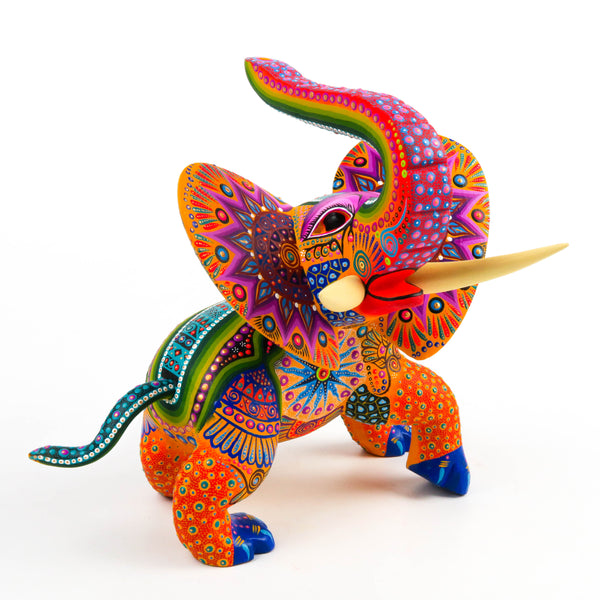 Elephant - Oaxacan Alebrije Wood Carving Sculpture - VivaMexico.com