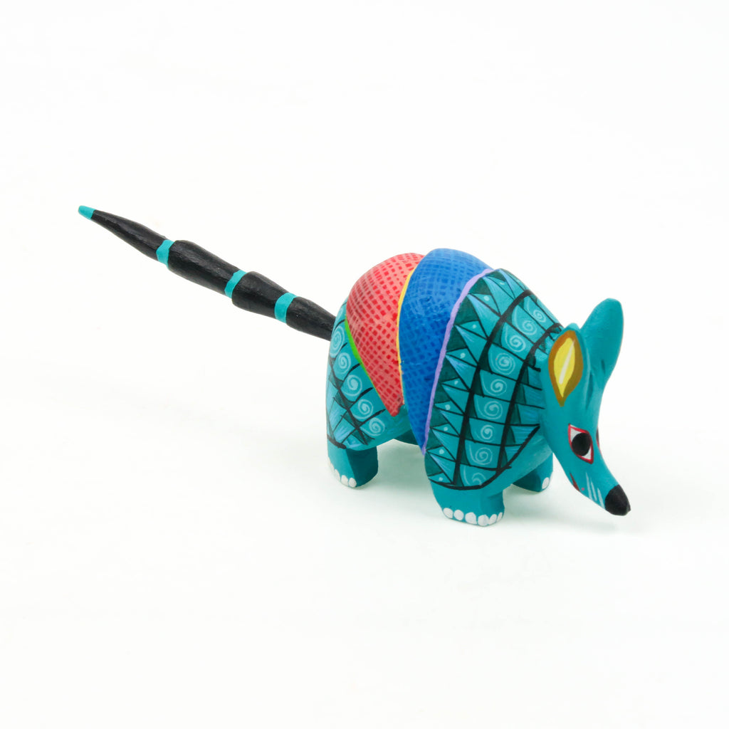 Mini Armadillo - Oaxacan Alebrije Wood Carving - VivaMexico.com