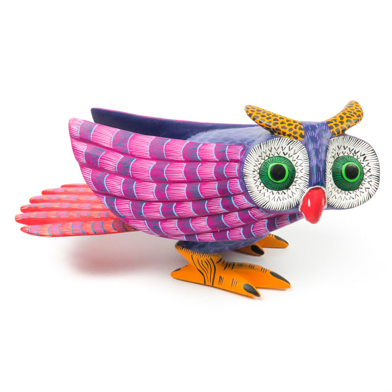 Crouching Owl - Oaxacan Alebrije Wood Carving - VivaMexico.com