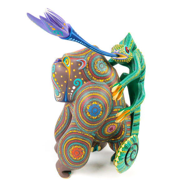 Masterpiece Gorilla With Chameleon - Oaxacan Alebrije Wood Carving - VivaMexico.com