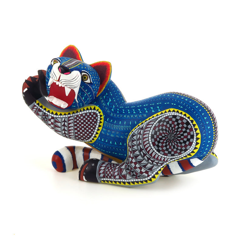 Magnificent Zapotec Jaguar - Oaxacan Alebrije Wood Carving - VivaMexico.com