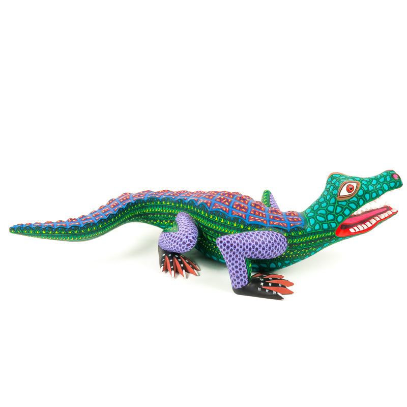 Alligator - Oaxacan Alebrije Wood Carving - VivaMexico.com