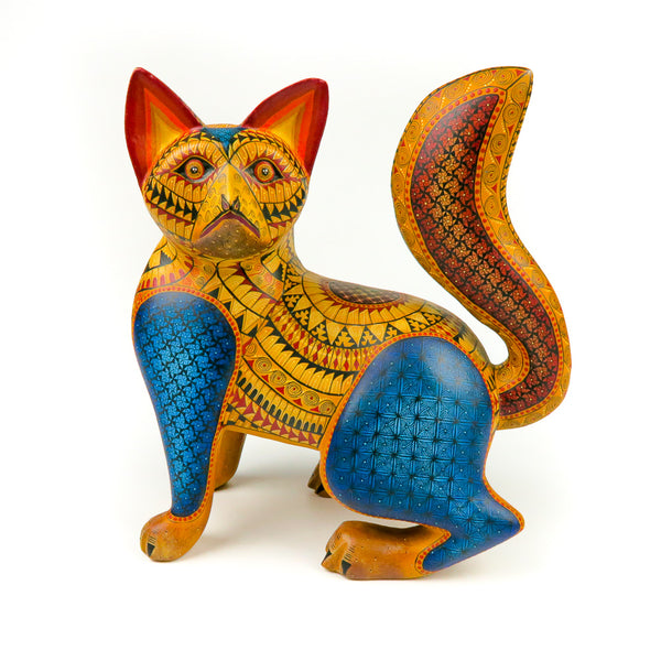 Yellow Raccoon - Oaxacan Alebrije Wood Carving - Nestor Melchor