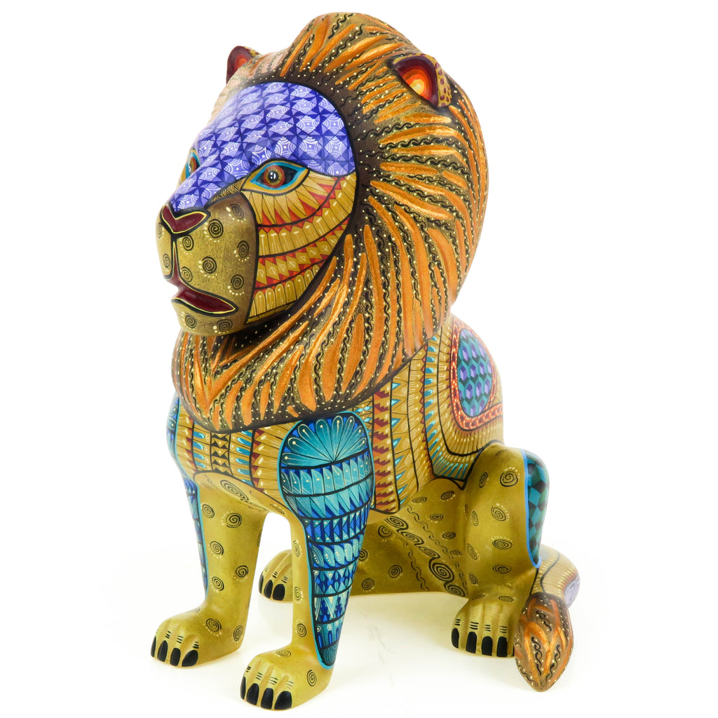 Majestic Lion - Oaxacan Alebrije Wood Carving