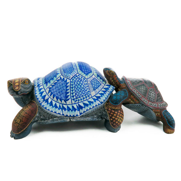 Turtle Mother & Child - Oaxacan Alebrije Wood Carving - Nestor Melchor