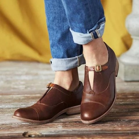 Plus Size Vintage Leather Buckle Flat Loafers