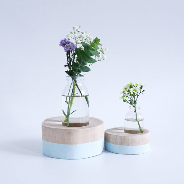 Round Flower Vase (Soft Blue)