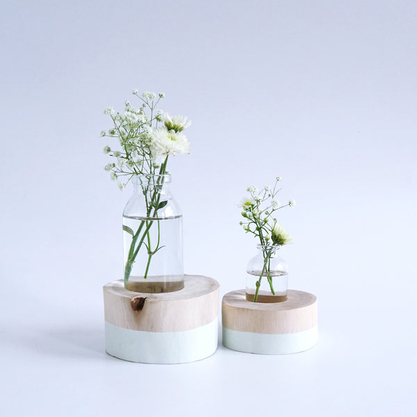 Round Flower Vase (Off-White)