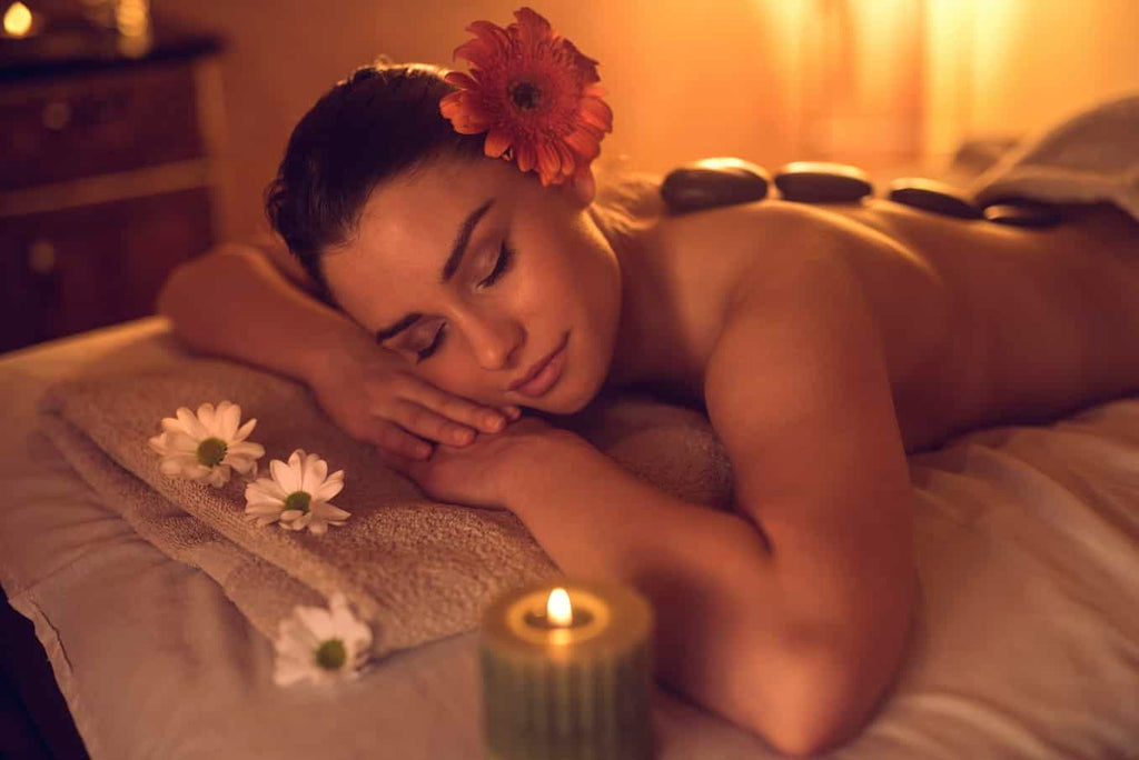 woman enjoying complimentary therapy aromatherapy massage